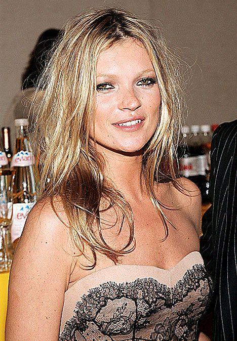 İki yıl önceki Kate Moss... Bakımsız ama yine de güzel sayılır.
